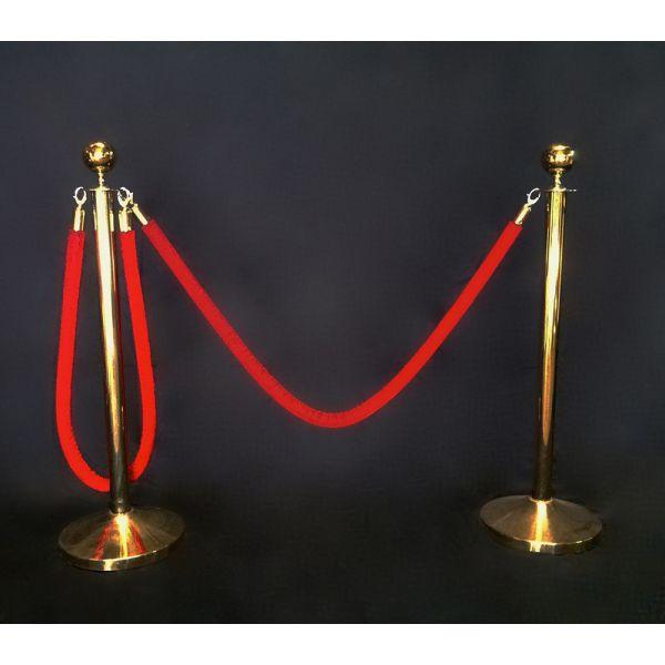 Catenaria dorada cordón rojo