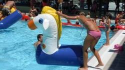 Estimula el desarrollo de tus hijos gracias a los hinchables acuáticos