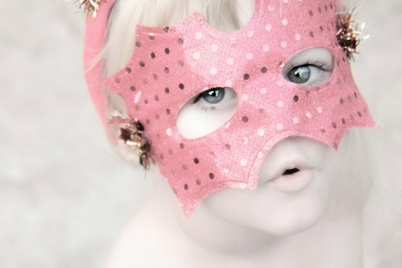 Cómo hacer máscaras para carnaval