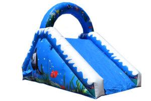 tobogán hinchable para piscina El Tiburón